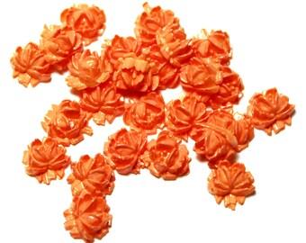 25 Vintage Lucite Rose Cabochons, Vintage Lucite Flower Cabochons, Peach Flower Cabochons, Vintage Rose Cabochons, Vintage Flower Cabochons