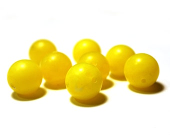 8 Vintage Yellow Beads, Vintage Plastic Beads, Plastic Yellow Beads, Plastic Vintage Beads, Yellow Vintage Beads, Ball Beads