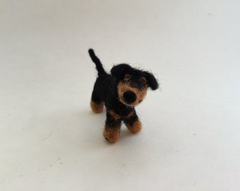 Needle-Felted Dachshund Dollhouse Miniature 1:12 scale