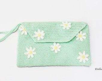 Daisy Clutch - Mint