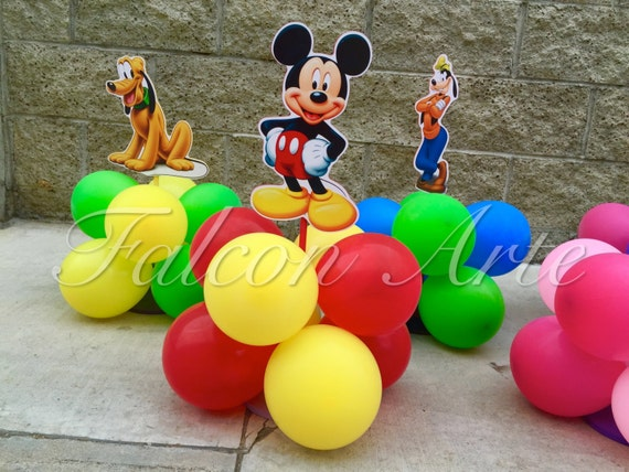 Mickey mouse clubhouse birthday party balloon wood guest table