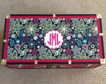 Chic Girls Custom Camp Trunk Design