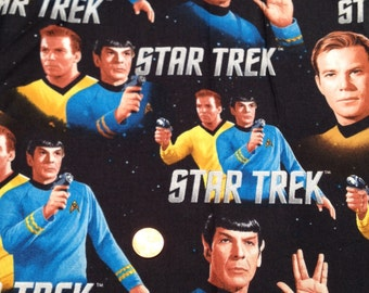 LAST One STAR Trek, Captain Kirk, Spock /Black Background -100% Cotton Fabric FQ / Fat Quarter ~ Quilting & Crafts