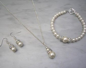 Mia ~ Plus Size Ivory Pearl Jewellery, Necklace Bracelet and Earrings Set, Bridal Set, Bridesmaids Jewelry, Wedding Necklace