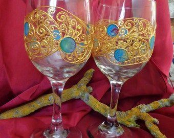 Wine Toasting glasses Set of 2 Gold  Hand painted glass Glass painting