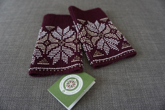 Maroon beaded wrist warmers/ knitted wristlets with beads / woollen cuffs –ready to ship