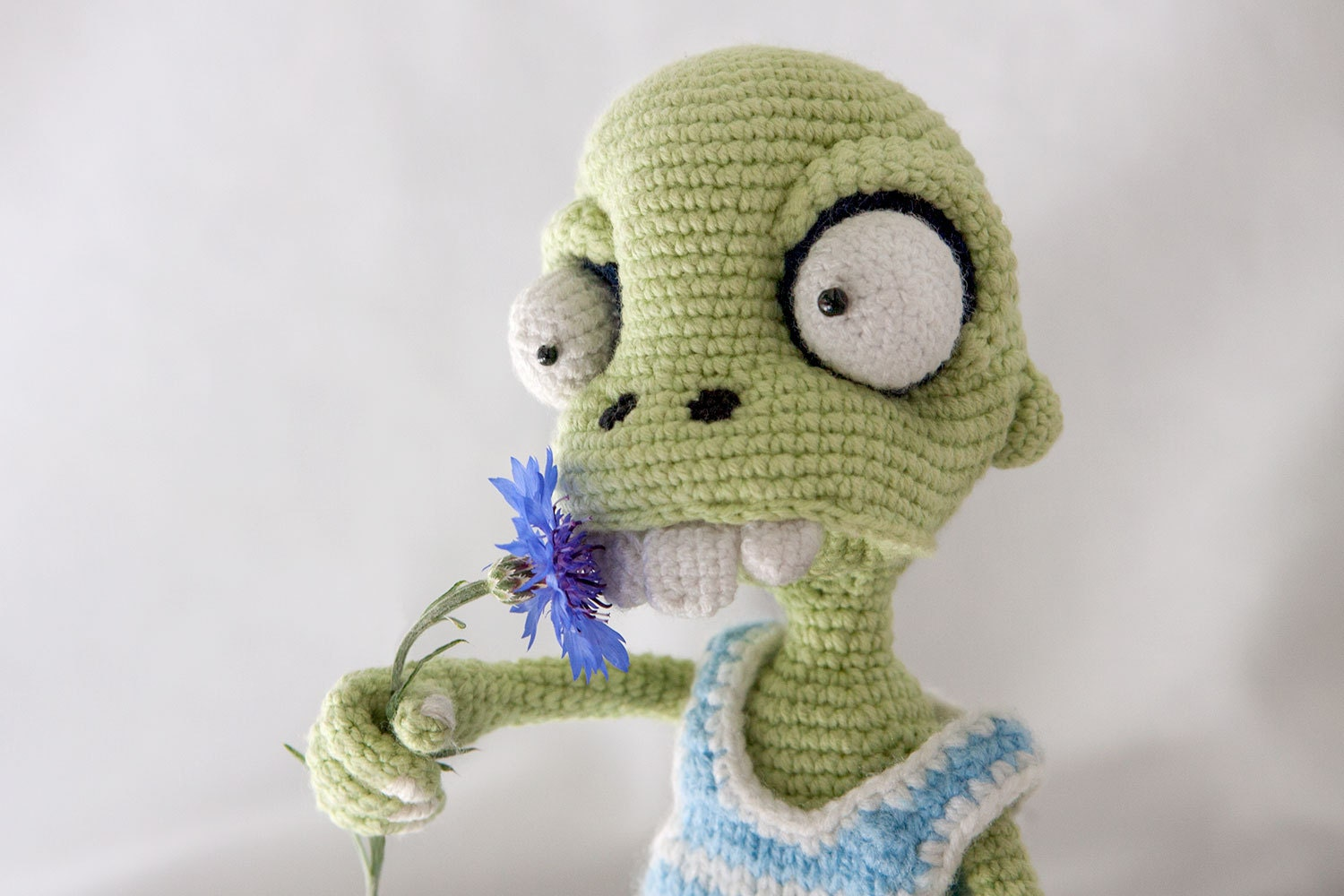 Crochet Zombie Patterns : PATTERN Zombie boy crochet pattern amigurumi by dsMouseBears