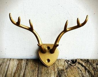 BOLD faux antler rack hooks// resin deer antlers// jewelry organizer//antler woodland wall decor//key towel hooks