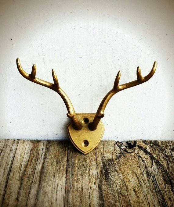 Bold faux antler rack hooks resin deer antlers jewelry - Antler key rack ...
