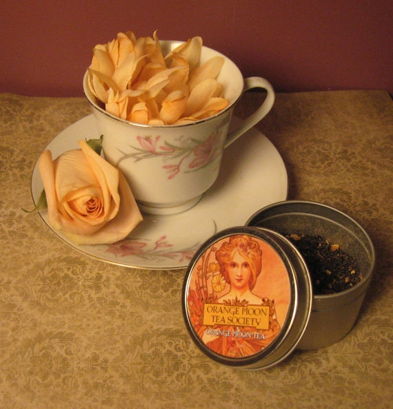 warm spiced blend of smokey black tea, ground cardamom pods, ginger ...