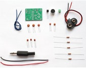 Low cost FM transmitter DIY learning kit