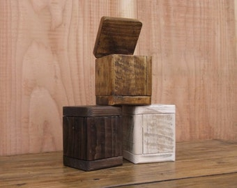 Small Rustic box - Made From Reclaimed Pallet Wood - Available In 3 Finishes..