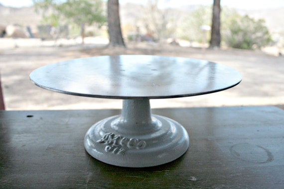 Cake Boss Cast Iron Decorating Turntable : Ateco 612 Revolving 12 Diameter Cake Stand with by ...