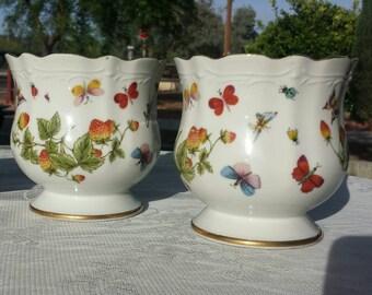 Vintage Lenwile Ardalt hand painted  style vase/planter.