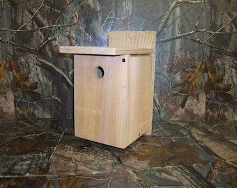 Cedar Wren Birdhouse Nesting Box Handmade Chickadee, Nuthatch, Warbler, Deer Mouse, Flying Squirrel - Rustic Birdhouse