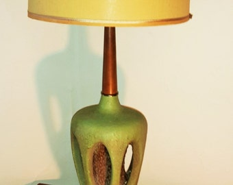 Mid Century Modern Chalkware Plasto Green Danish Lamp