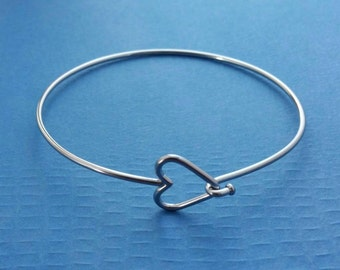 6 Heart Stainless Steel Bangle Bracelet, Heart Clasp - One Size Fits All Bracelet, Stacking Bracelet, Supply Jewelry Making, Metalwork