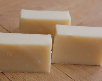 Handmade Wild Currant and Sandalwood Shea Butter Soap
