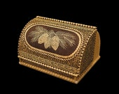 "Birch bark Wooden Bread box, Beresta Breadbasket ""Strobile"""