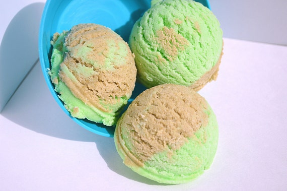 Mint Chocolate Chip Bath Truffles by FizzOut on Etsy