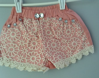 Cotton lace shorts