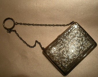 Sterling Silver 925 Victorian Purse. London, circa 1887. Weight: 110.1gr.