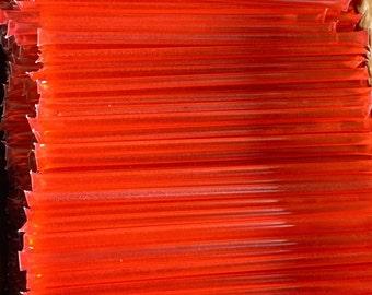50 Strawberry Flavored Honey Sticks