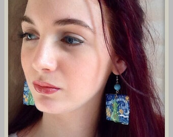 Earrings in papiermache' handmade and handpainted.
