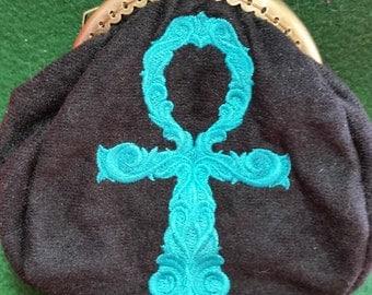 L147  Coin purse. Ankh design