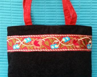 L007. Faux suede handbag