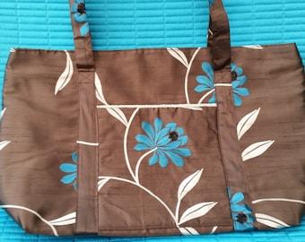 L212.  Tote bag.Chocolate brown satin