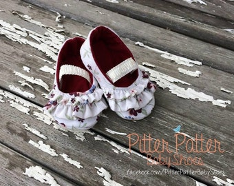 Floral Print Ruffled Baby Shoes - Baby Girl Shoes - Handmade Baby Shoes - Baby Christmas Gift - Baby Shower Gift - Baby Booties-Custom shoes