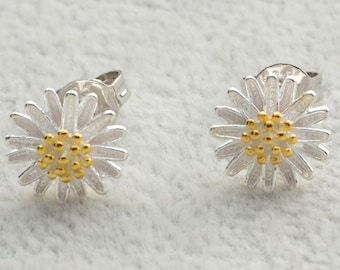 Daisy Stud Earrings in Sterling Silver with Part Gold Plating and Textured Finish e20