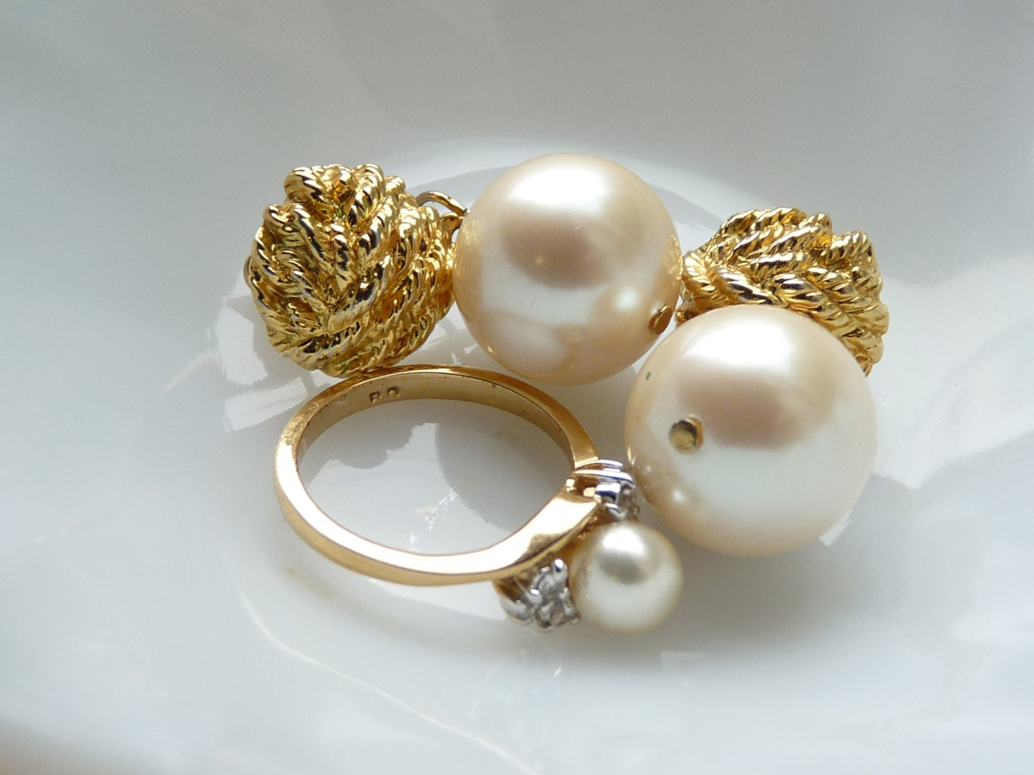 vintage costume jewelry ring monet earrings faux by