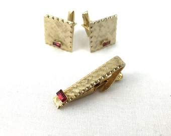 Gold Tone With Red Gem Stone Cuff Links And Tie Clip Set-Retro Cuff Links