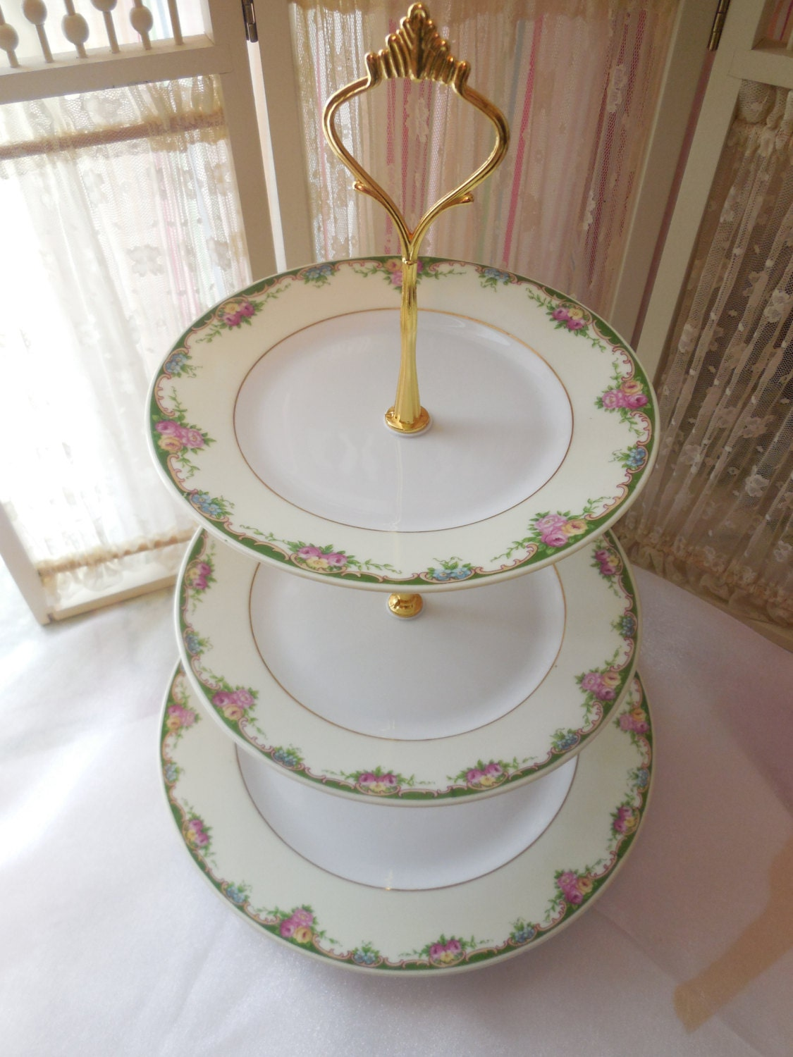 how to make a 3 tiered victoria sponge wedding cake 3 tier czechoslovakia china cake stand 3 by 15776