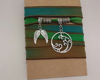 Boho Silk Wrap Bracelet (b)