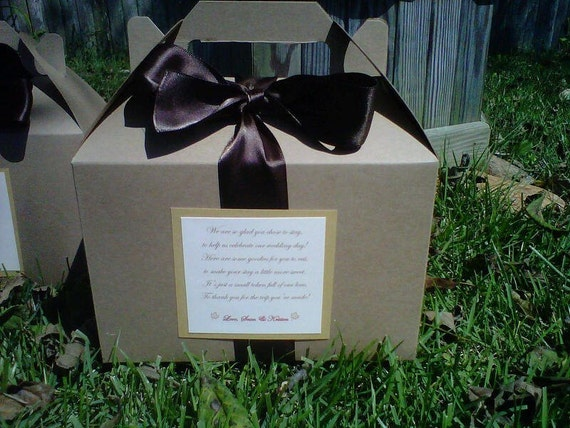 Hotel Wedding Guest Gift Bags: Items Similar To Welcome Box For Hotel Wedding Guests On Etsy