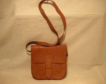 Vintage 1980's Handmade Beige Leather Handbag Shoulder Bag - Small Size