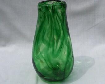 Green Hand Blown Glass Vase (AW V314)