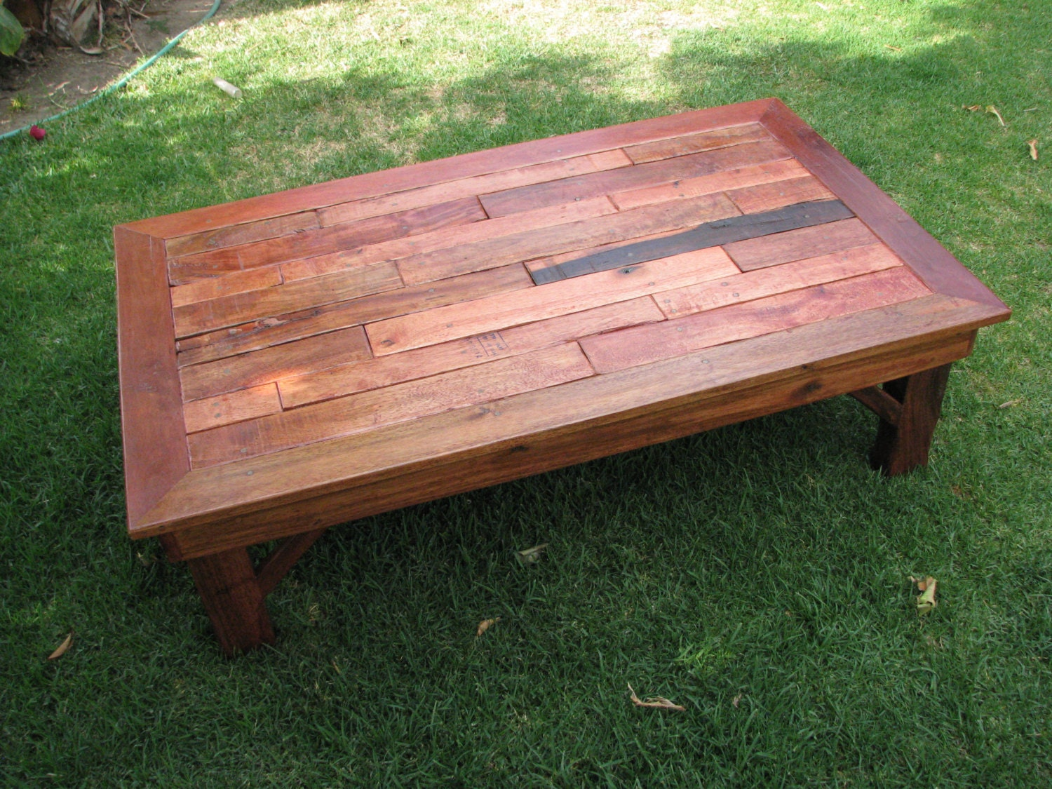Rustic Coffee Table Made Of Pallet Wood Rustic End Tables