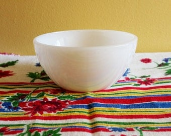 Vintage Federal Glass White Bowl - Chili - Cereal - Small Bowl - Opal White - Milk Glass