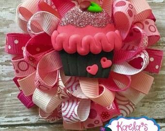 Cupcake Hair Bows, Pink Cupcake Hair Bows, Cupcake Birthday, Loopy Hair Bows, One Of a Kind Hair Bows, Pink Cupcake Loopy Hair Bows