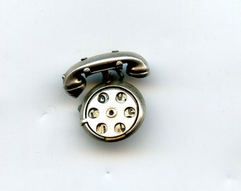 FREE SHIPPING-Vintage-1940's-Sterling-Silver-Rotary-Telephone-Phone-3D-Movable-Charm