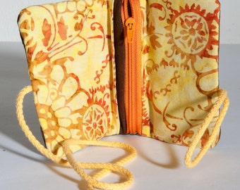 Pouch with zip and embroidery