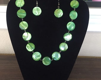Green Conch Necklace set