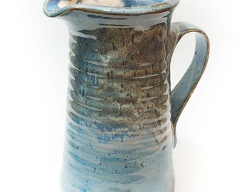 Stoneware Water Pitcher - 6 Cups