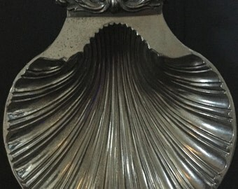 VTG SilverPlate Shell Dish