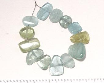 aquamarine flat pebble shape beads 10cm/G-0084