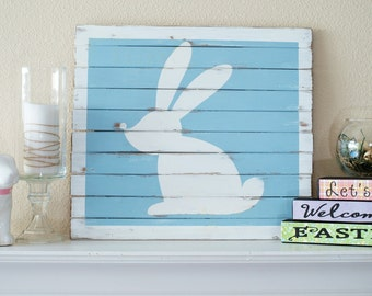 Rustic Spring decor, Easter, Bunny, 16 x 14.5 inch